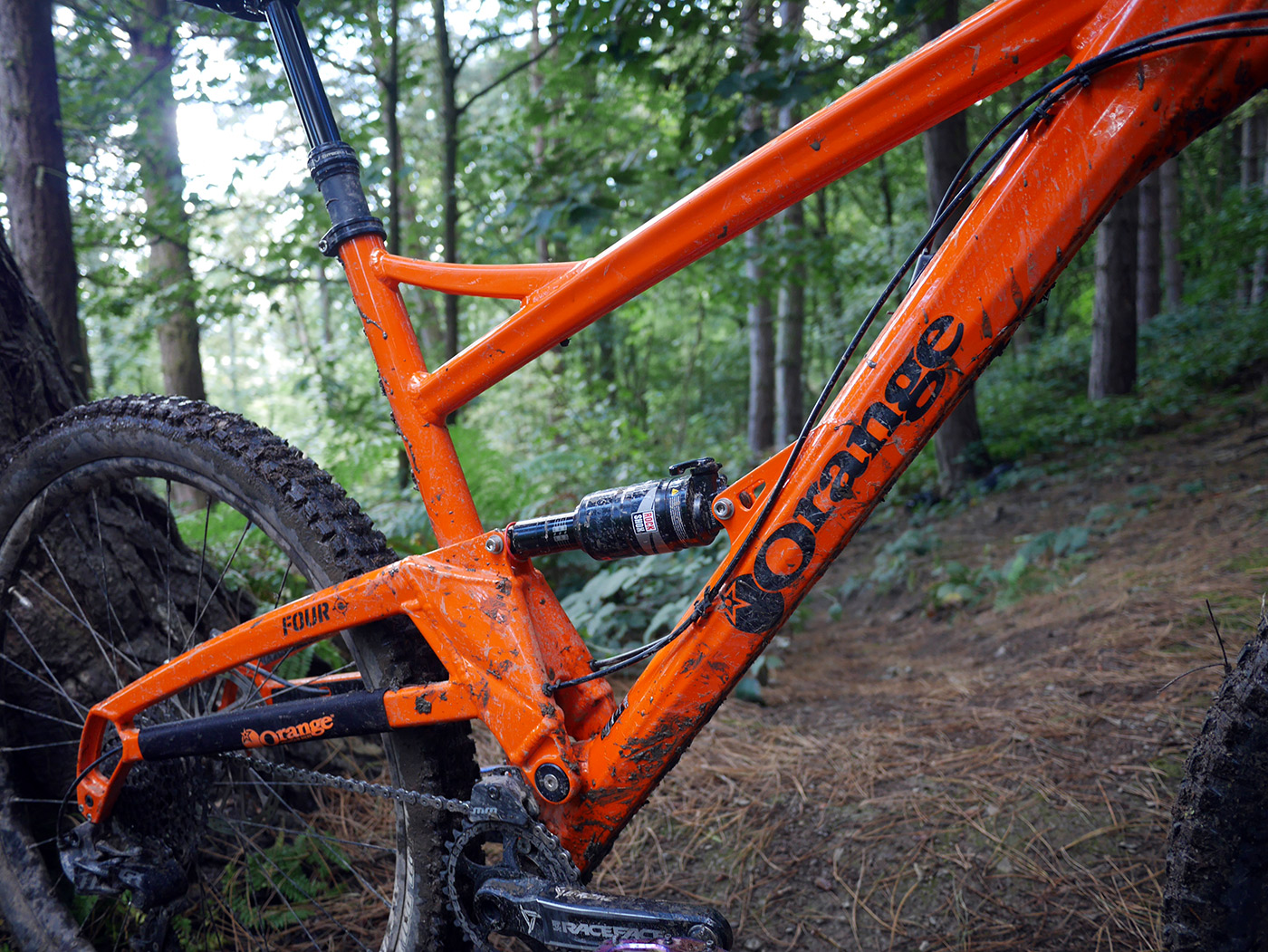 Orange Four RS XL in Orange