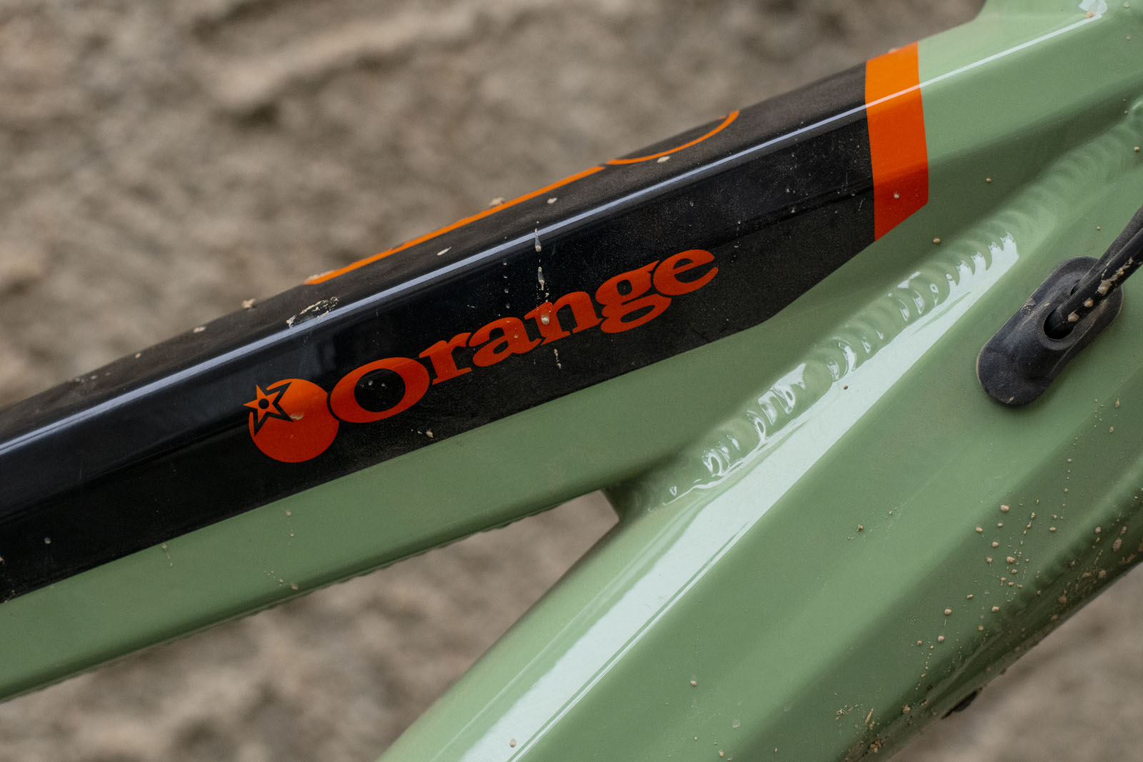 2019 Orange Alpine 6 graphics