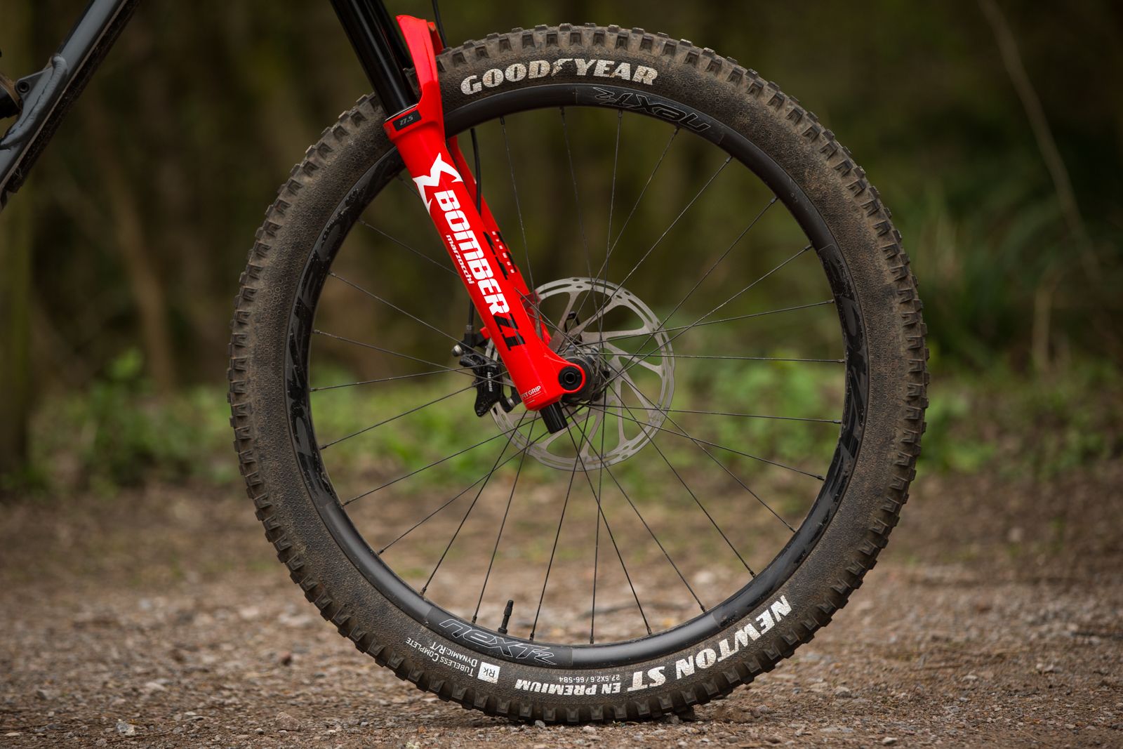 Marzocchi Z1 Bomber Suspension Fork Review (5)