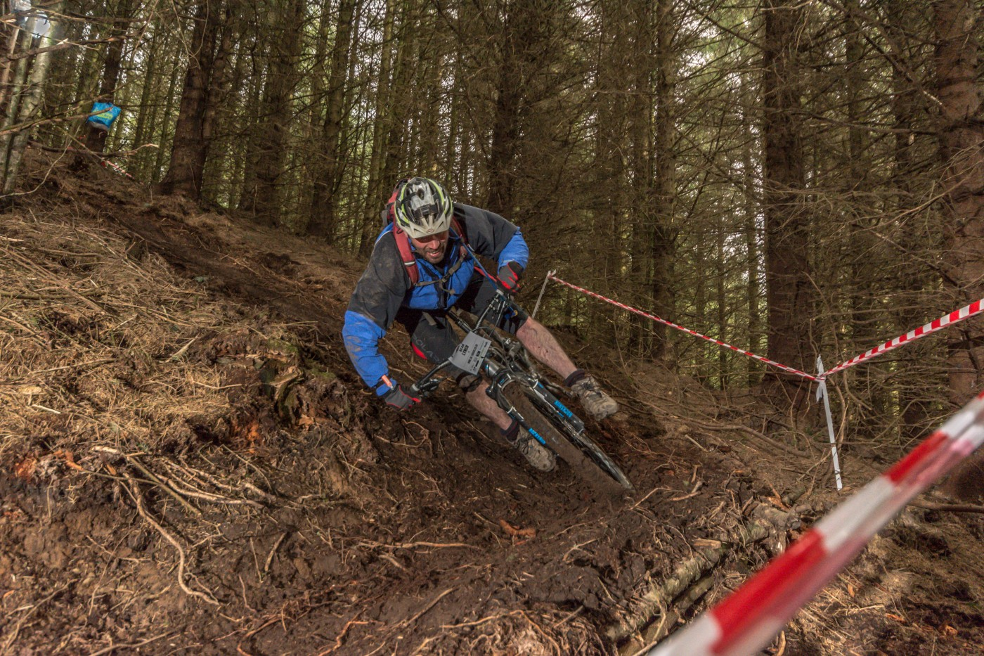 Ollie Hooper UK Enduro Series Crychan Forest Dan Wyre Photography