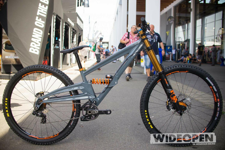 orange bikes downhill 29er